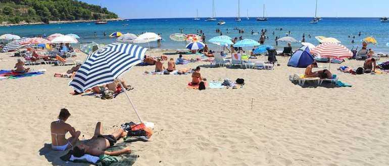 Пляж Вела Пржина на острове Корчула