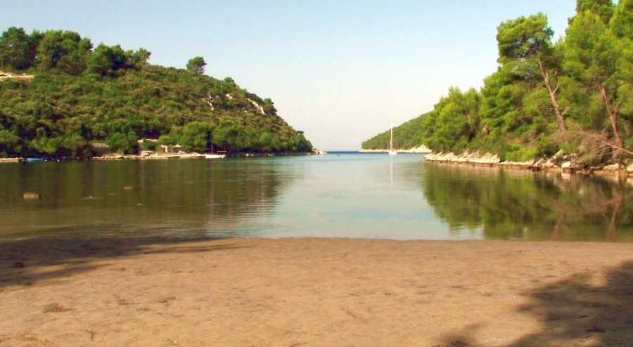 Пляж Иструга на острове Корчула