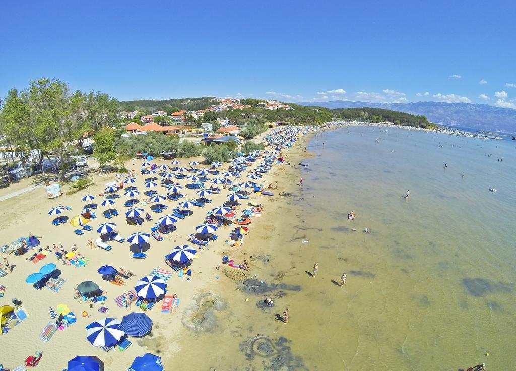 Пляж Stolac на острове Раб
