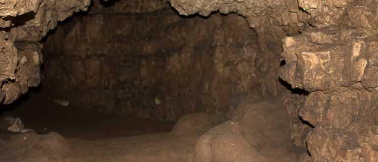 Пещера Romuald's и карьер Monfiorenzo