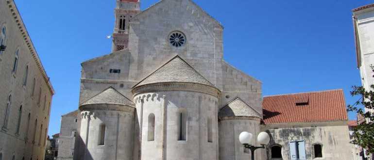 Кафедральный собор Св. Ловро