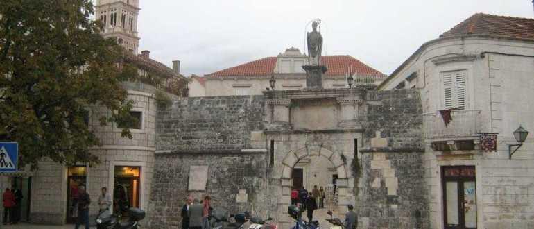 Северные ворота Трогира