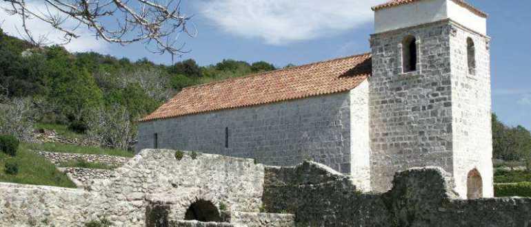 Церковь святой Люсии на острове Крк