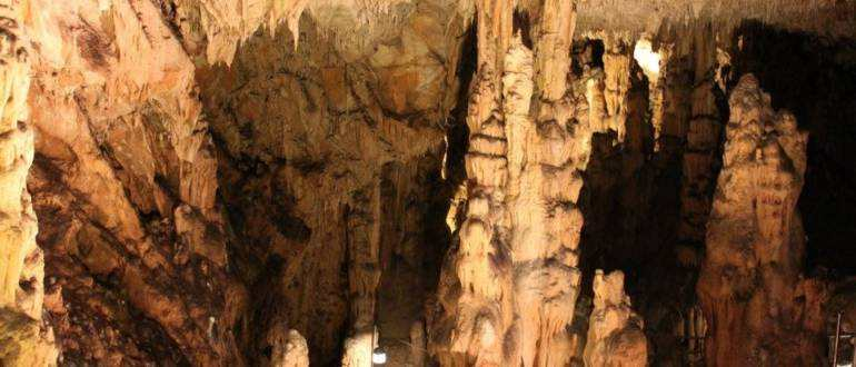 Пещера Бисеруйка на острове Крк