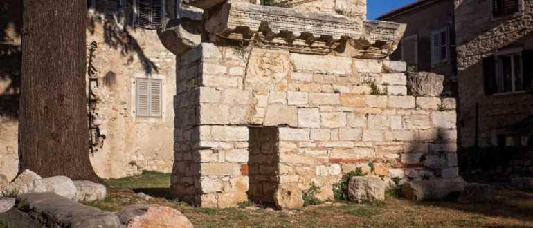 Большой Храм в Порече