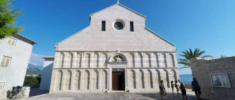 Церковь Св. Марии на острове Раб