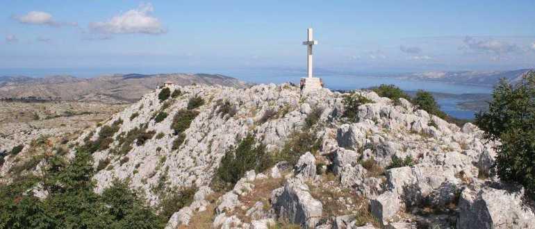 Холм Свети Никола на острове Хвар