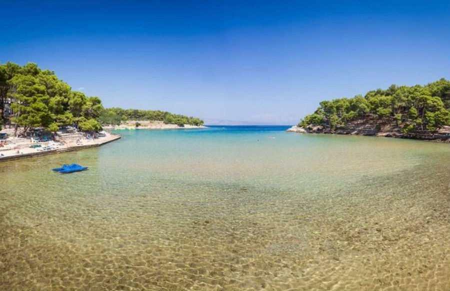 Пляжи на острове Хвар