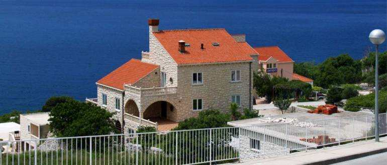 1 770x330 - Дома в Хорватии