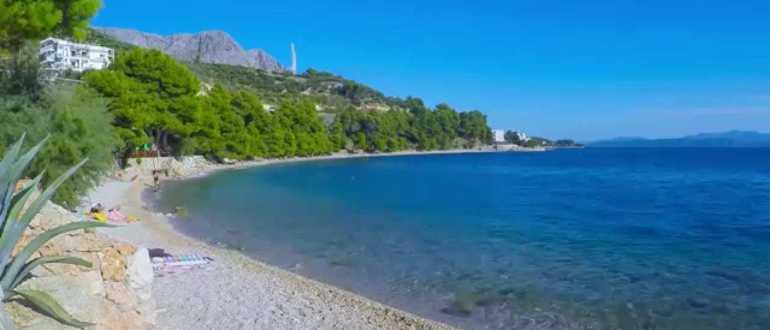 пляж Плишивац в Подгоре