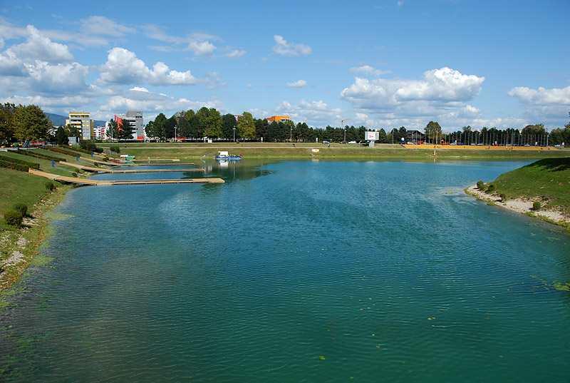 Пляж озера Ярун в Загребе