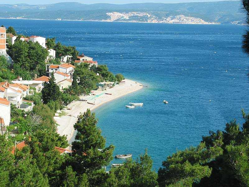 Пляж поселка Медицы