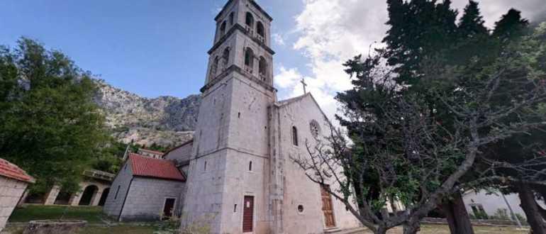 Церковь всех святых в подгорье