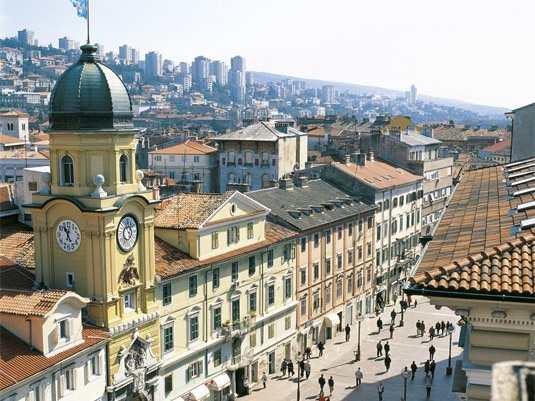 старая часть города Риека Хорватия